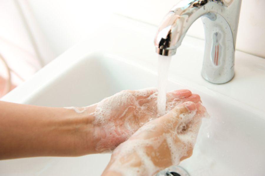 Jak prawidłowo myć ręce?