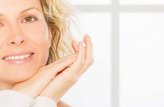 Pielęgnacja przeciwzmarszczkowa. Kiedy zacząć i jakich kosmetyków użyć?