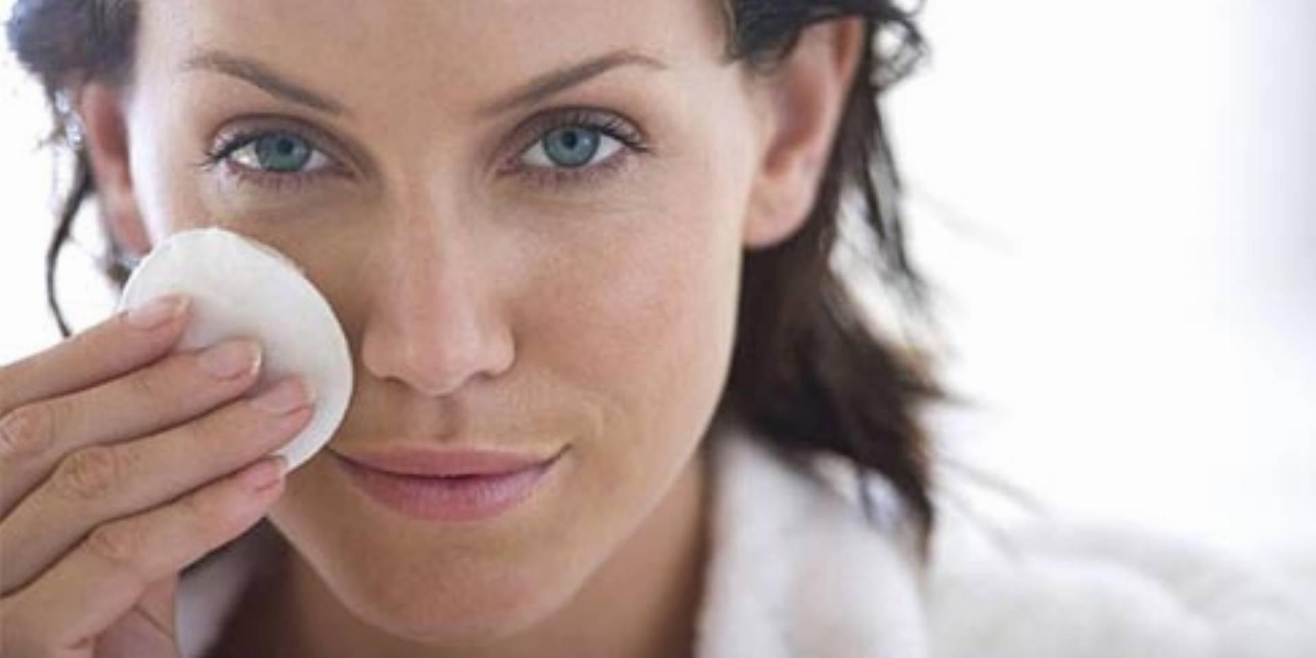 Jak dbać o skórę po 30 roku życia? Gińcie, wolne rodniki!