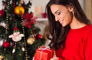 Urodowe triki na święta. Jak wyglądać pięknie na Boże Narodzenie