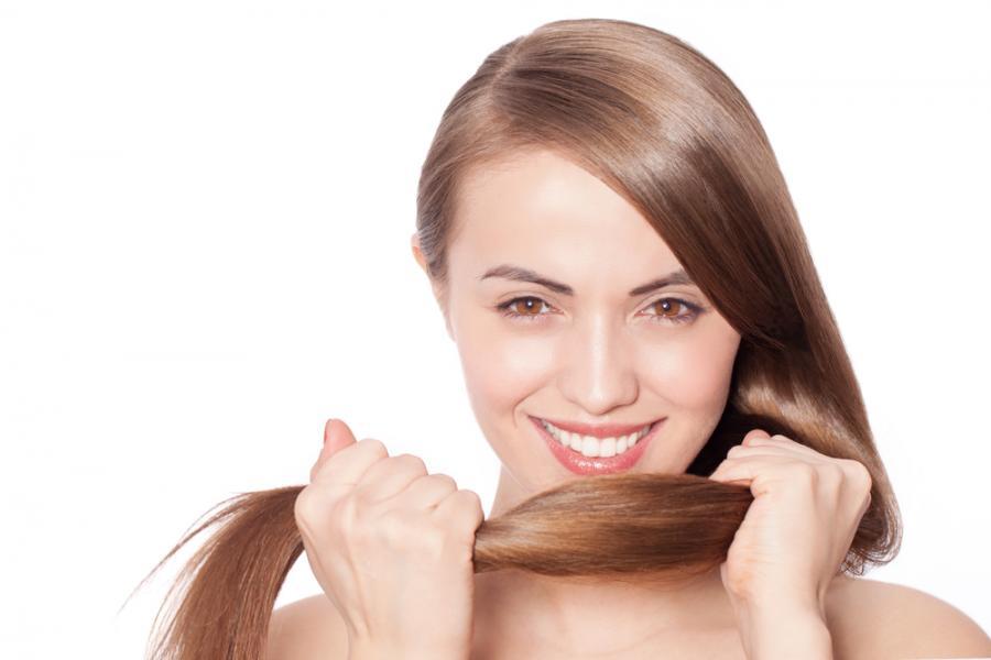 Keratyna na włosy i paznokcie – dlaczego jej potrzebujesz?