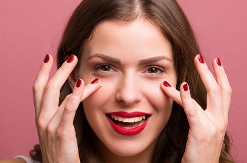 Jakie jest najlepsze serum do twarzy? Sprawdź te produkty!